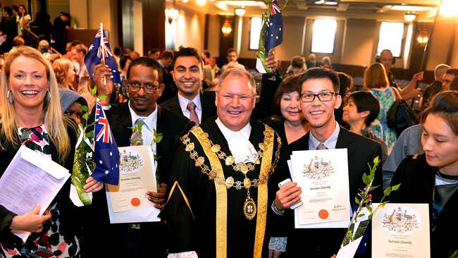 Australian citizenship. How to become an Australian Citizen?